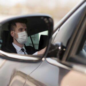 Uso della mascherina in auto