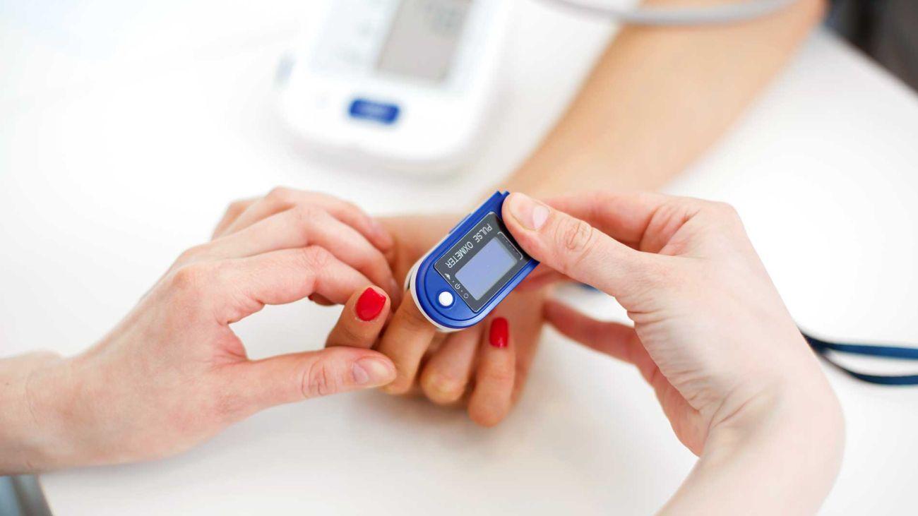 Saturimetro - o pulsosimetro -, un facile strumento per il controllo